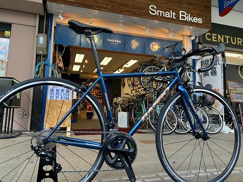 吹田市旭通商店街にある自転車店SmartBikeの外観