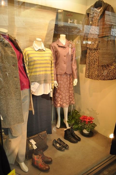 吹田市旭通商店街にある婦人服店トモヤの商品